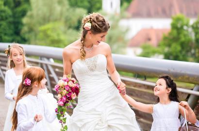 Cum puteti distra copiii care vin la nunta voastra